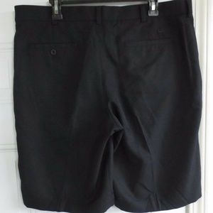 Nike Golf Solid Black Shorts Polyester Size 36